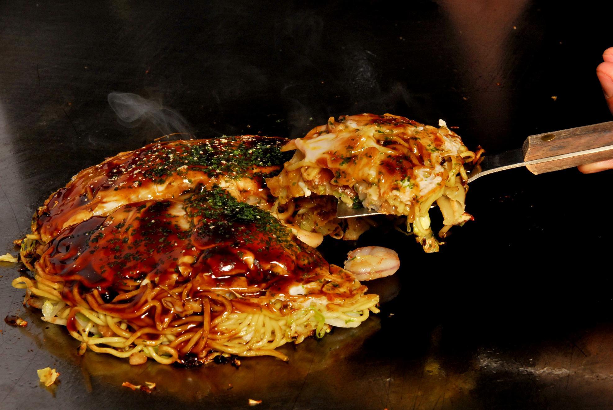 Okonomiyaki style hiroshima