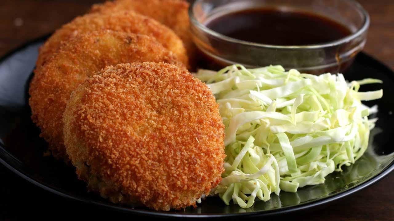 """อาหารจานทอด ต้นกำเนิดจากฝรั่งเศส """"Croquette"""" ทำด้วยเนื้อสัตว์ที่ปรุงแล้ว"""